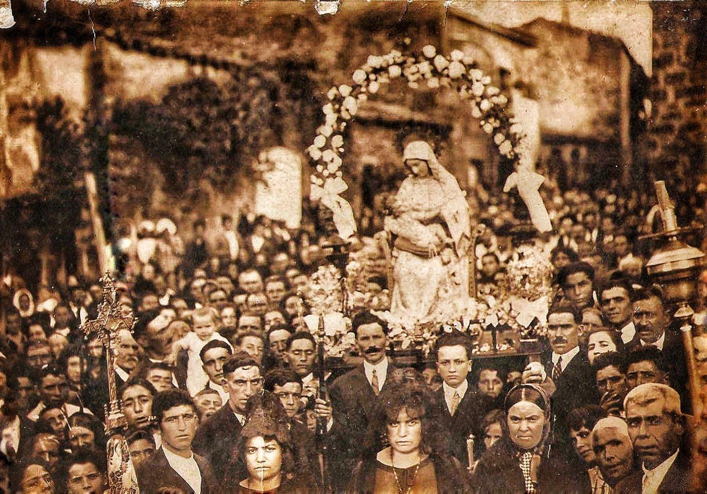 Procesión de la Virgen de la Bandera